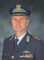 11.02.2013 Former Chief of South African Air Force joins Paramount Group